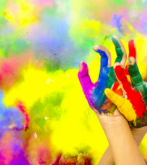 SURPRISE YOUR DEAR ONES ON THIS HOLI